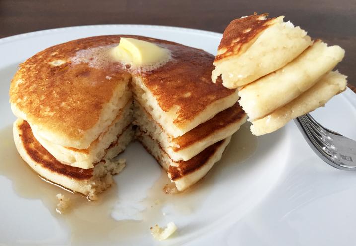 Alton Brown's Pancakes | Dave Tavres