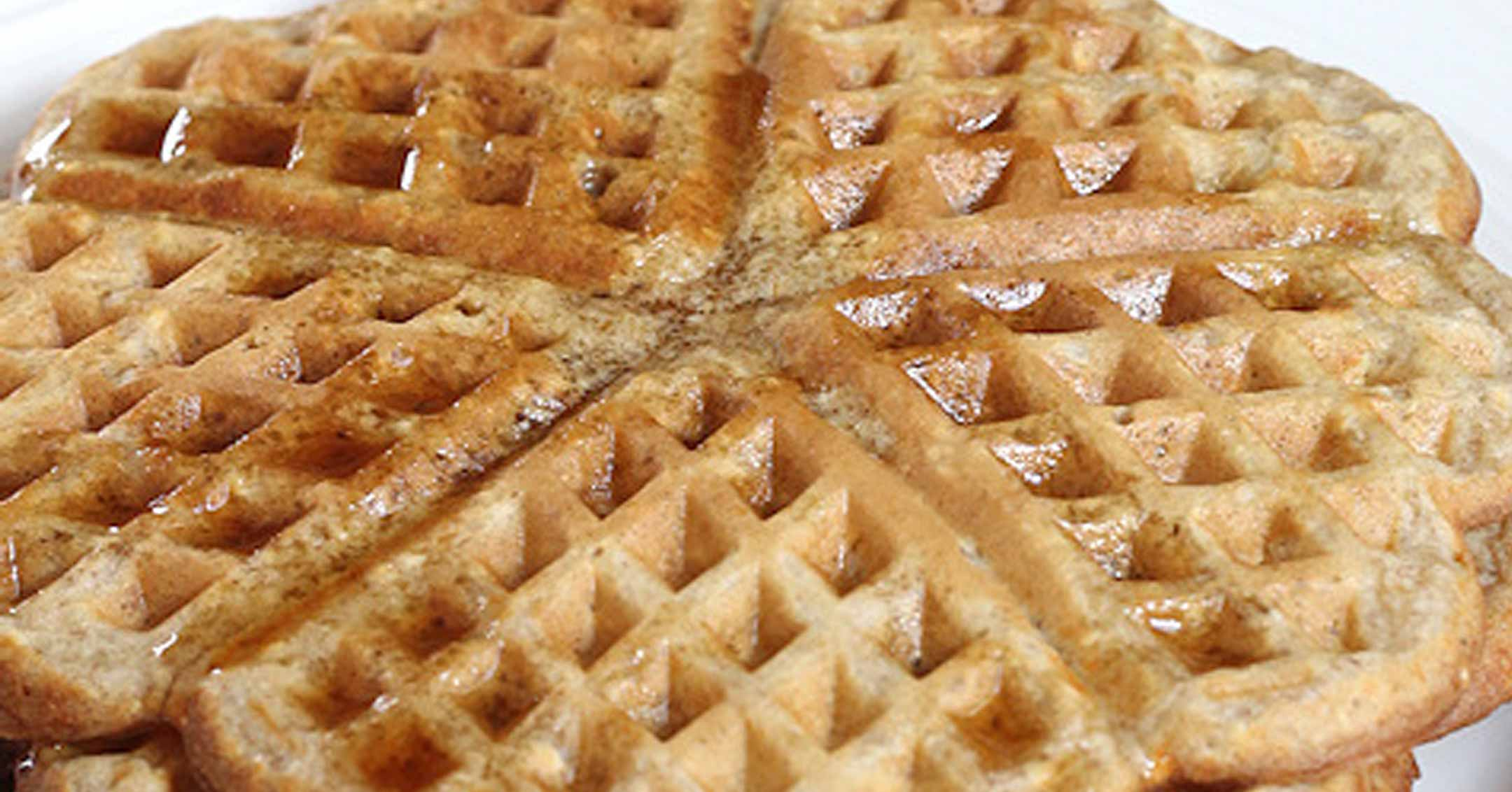 Cottage Cheese and Oats Waffles | Dave Tavres